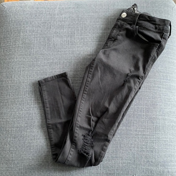Size 6 American eagle jeans